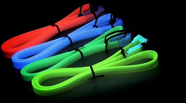 Vizo UV Reactive Cables